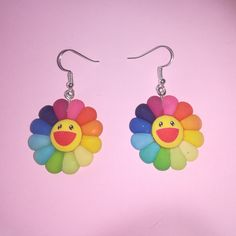 Ultra Cute smiley rainbow flower earrings with hooks, these are slightly larger, the flowers are second picture shows them with a flash. Diy Clay Earrings, Funky Earrings, Polymer Clay Jewelry, Flower Earrings, Cute Polymer Clay, Weird Jewelry, Funky Jewelry, Cute Jewelry, Jewlery