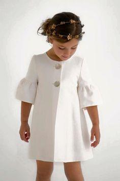 Ideas fashion kids dress jackets for 2019 Little Girl Fashion, Fashion Kids, Modern Fashion, Vintage Fashion, Women's Fashion, Little Girl Dresses, Girls Dresses, African Dress, Baby Dress