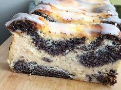 Poppy Seed Cheesecake (without base) Polish Cake Recipe, Baklava Cheesecake, Yummy Drinks, Yummy Food, Russian Desserts, Cake Recipes, Dessert Recipes, Food Crafts, Cookie Desserts