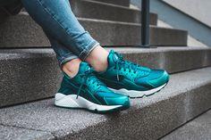 Nike WMNS Air Huarache Run SE (petrol) - 859429-901 | 43einhalb sneaker store