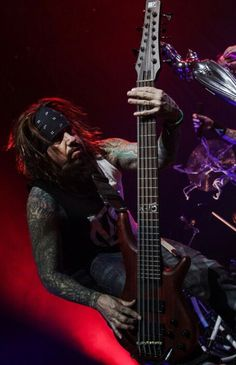 Fieldy and 15 string bass