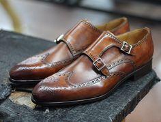 maninpink:  Spanish footwear company - Magnanni