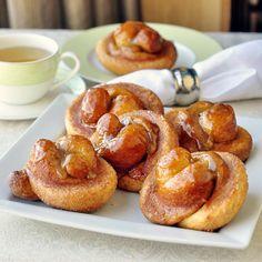 Toffee Cinnamon Knot Breakfast Rolls