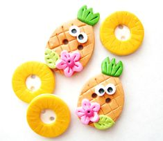 Hey, I found this really awesome Etsy listing at https://www.etsy.com/listing/94340030/button-pineapple-and-rings-handmade