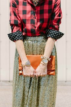Find out how to style a womens buffalo plaid shirt outfit three ways | buffalo check | womens fashion | buffalo check shirt outfit women | buffalo checked shirt women | red black buffalo shirt | street style | fall style | winter style | holiday style | plaid | red black plaid outfit