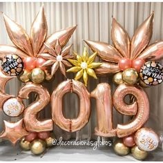 Super birthday balloons diy new years Ideas New Years Decorations, Balloon Decorations, Birthday Decorations, Birthday Balloons, Birthday Parties, Diy Birthday, Christmas Balloons, Balloon Arrangements, Nouvel An