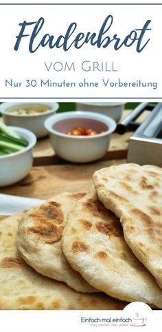 Zum Grillen noch schnell ein Fladenbrot? Das geht mit diesem Rezept für veganes Naan Brot in 30 Minuten. Das Grillbrot ist einfach, perfekt für Anfänger und gelingt auch in der Pfanne ganz wundervoll. #grillen #bbq #beilagen #naan #fladenbrot #backen #selbermachen #schnelleküche