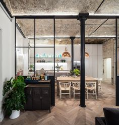 Bakery Place by Jo Cowen Architects. The project of Jo Cowen Architects for this old historical building located in Central London. Interior Design Inspiration, Decor Interior Design, Interior Design Living Room, Design Ideas, Room Interior, Eclectic Design, Mews House, Appartement Design, Industrial House