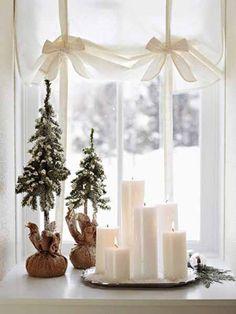 2013 Christmas window decor, Christmas candles, Christmas tree, 2013 Christmas interior window decor display #2013 #Christmas #window #decor www.loveitsomuch.com