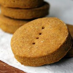 Pumpkin Peanut Butter Dog Treats @keyingredient #peanutbutter