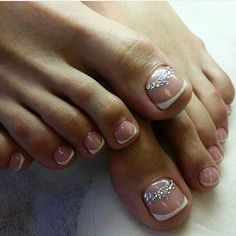 French Nails, French Manicure Toes, French Pedicure, Pedicure Nail Art, Toe Nail Art, Manicure And Pedicure, Toenail Art Designs, French Nail Designs, Cute Toe Nails