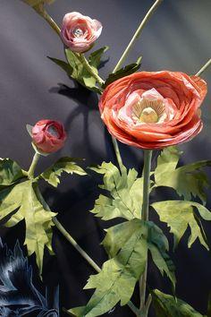 More Work — Elisa Werbler Anthropologie Display, Window Well, Flower Window, Art N Craft, Paper Roses, Flower Decorations, Paper Art, Flora, Creations