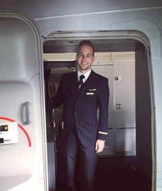 From instagram.com/teeebz Come aboard and be my guest  #crewlife #crew #potd #flying #aviation #crewiser #instacrewiser #airhostess #stewardess #pilot #layover #airplane #flight #avgeek #cabincrewlife #flightattendant #flightattendantlife #travel #aircraft #plane #cabincrewlifestyle #stewardesslife #steward #airline #crewfie #flightattendants #airlinescrew #airlines #comissariadebordo