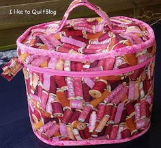 sewing bag  love it...not a good link for finding instructions but not a bad sewing blog