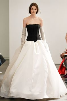 vera wang spring 2014 drop waist ball gown black bodice
