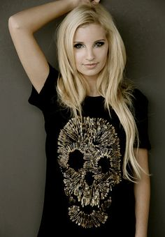 <3 her hair!  The safety pin shirt design is a cool idea, maybe something besides a skull though.