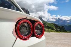 2017-Ferrari-GTC4Lusso-taillight.jpg (2040×1360)