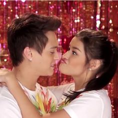 """Cute outtake! 2nd week na po ngayon ng #EverydayILoveYou ! Let us continue spreading the love and the good vibes!! #ThankYouForTheLove #LizQuen"""