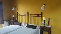 Habitación Doble exterior, con dos camas de 90cm