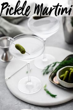 This Dill Pickle Vodka Martini is a fun twist on the traditional dirty martini. Made with just 3 ingredients - vodka (or gin), pickle juice and dry vermouth. // recipe // best // gin