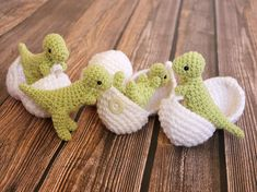 T-Rex Amigurumi Toy with Egg - Dinosaur in Egg - Dinosaur Play set - Made to Order - Geek Gift - Science Toy - Custom Colors