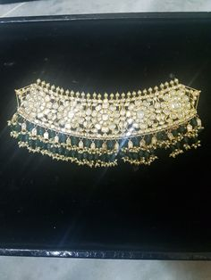 Bead Jewellery, Antique Jewellery, Jewelery, Indian Jewelry Sets, Indian Wedding Jewelry, Chocker Necklace, Chokers, Rajput Jewellery, English Writing