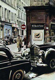 """Rue de Seine - Paris  Photo tirée de l'ouvrage """"Farbiges Paris"""" (1961)  Peter Cornelius (1913-1970),"""