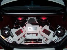 Thunder amps with custom painted top covers powering 9500's in the trunk of Brent Khelawan's Mercedes CLS500. #mtxaudio