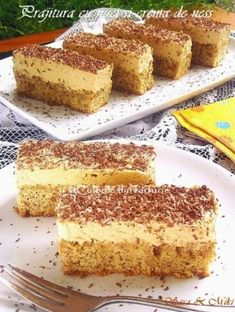 Coffee and walnut cake - Culorile din Farfurie Sweets Recipes, Easy Desserts, Cake Recipes, Coffee And Walnut Cake, Romanian Desserts, Romanian Food, Dessert Buffet, Special Recipes, Christmas Desserts