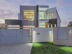 Broadbeach House Rental: Crestview Waters At Broadbeach - Ultra Modern Luxury Mansion! | HomeAway
