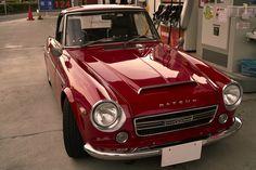 Datsun, lopk like the 67 l had.