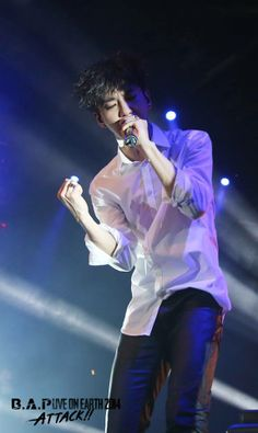 B.A.P LIVE ON EARTH 2014 U.S ATTACK- NEW YORK: YONGGUK