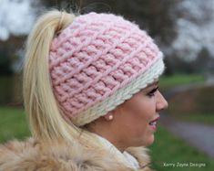 CROCHET PATTERN TUTORIAL Messy Bun Beanie Crochet Pattern