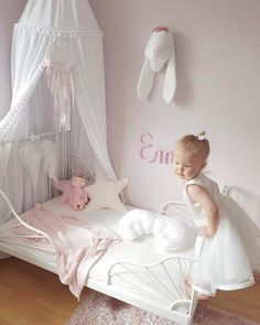 Bedroom Ikea Toddler New Ideas Ikea Girls Bedroom, Woman Bedroom, Ikea Minnen Bed, Ikea Toddler Bed, Arranging Bedroom Furniture, Kids Room Design, Little Girl Rooms, Kid Spaces, Montessori