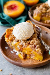 Best Pie Recipes - Brown Sugar Peach Crumble Pie - Easy Pie Recipes From Scratch for Pecan, Apple, Banana, Pumpkin, Fruit, Peach and Chocolate Pies. Yummy Graham Cracker Crusts and Homemade Meringue - Thanksgiving and Christmas Pies and Mason Jar Pie Recipes http://diyjoy.com/best-pie-recipes