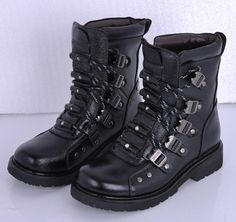 Pinned onto Mens Combat Boots Board in Men Category Mens Combat Boots Fashion, Combat Boots Style, Black Combat Boots, Fashion Boots, Fashion Models, Fashion Tips, Stylish Girl, Style Icons, Hiking Boots