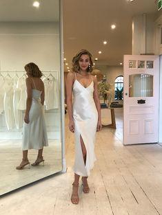 Bec Bridge Gabrielle V Dress in Champagne - Bec and Bridge V Dress, Silk Midi Dress, White Midi Dress, Dress Outfits, Fashion Outfits, Party Outfits, Fancy Dress, Grad Dresses, Ball Dresses