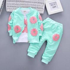 Toe Friendly Design Newborn ~ 7 Lbs ~ 3 Pack Girls  Pastel Sleep-suits