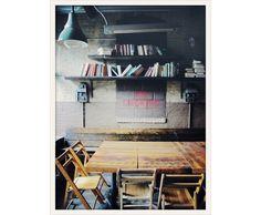 Roebling Tea Room http://www.vogue.fr/voyages/adresses/diaporama/un-week-end-a-brooklyn/17444/image/931428#roebling-tea-room
