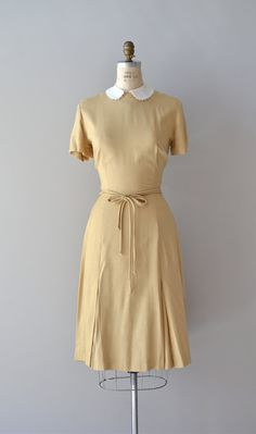 1950s Amical linen dress #1950s #peterpancollar #whitecollar #vintagedress