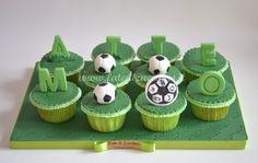 Composizione di Cupcakes Calcio per Baby Shower     Fate di Zucchero - Cake Designers