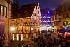 Tonight at the Christmas market of Colmar, Alsace. It was a cold foggy day bit we loved the Christmas atmosphere there! Have you been to Colmar too? #Colmar #VisitColmar #VisitAlsace