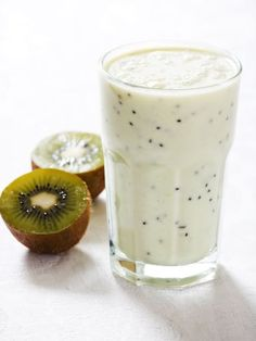The Coconut-Kiwi Breakfast Smoothie meets all my requirements--and then some. Did you know that coconut milk was so good? By itself, sure, but add a kiwi? Kiwi Smoothie, Smoothie Detox, Coconut Smoothie, Smoothie Drinks, Healthy Smoothies, Healthy Drinks, Smoothie Recipes, Healthy Snacks, Juice Recipes
