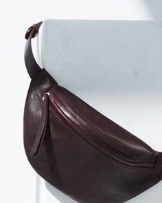Leather Bum Bags, Leather Fanny Pack, Waist Pouch, Belt Bags, Bag Men, Beauty Shoot, Small Wallet, Burgundy Color, Vegetable Tanned Leather