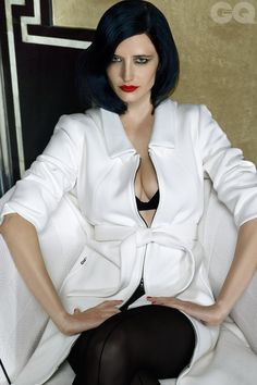 Eva Green pictures and photos Beautiful Celebrities, Beautiful Actresses, Beautiful Women, Famous Celebrities, Female Celebrities, Actress Eva Green, Green Pictures, Bond Girls, Actrices Hollywood