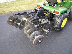 Brinly Disk John Deere Garden Tractors, Lawn Tractors, Small Tractors, Agriculture, Farming, Quad Trailer, Small Garden Tractor, John Deere 400, Power Tiller