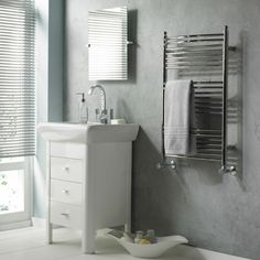 stilvolle Handtuchhalter-Heizkörper Badezimmer Gestaltung