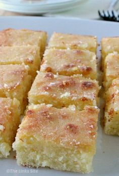 This lemon cake has a nice amount of lemon in it but it's the lemon drizzle topping that makes it so irresistible! thelinkssite.com