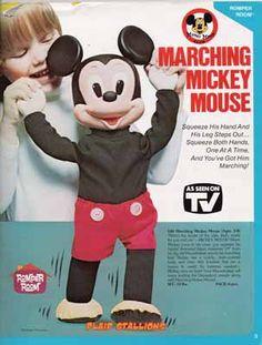 Hasbro Walking Mickey Mouse
