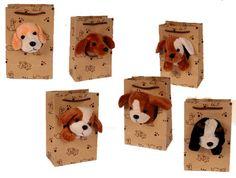 Plüschhund in Geschenktüte